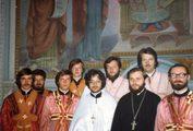 Иподьяконы владыки Кирилла (Гундяева) в алтаре храма ЛДА в день рукоположения о. Александра Жиляева. 8 июня 1983 г.
