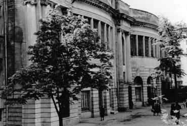 Учебный корпус Института народного хозяйства имени Г.В. Плеханова. Источник фото: www.oldmos.ru