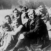 Дитрих Бонхёффер с конфирмантами в Гарце, 1932 год